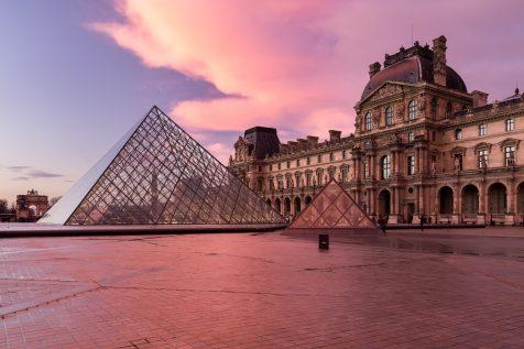 Musée et Pyramide du Louvre © David Briard