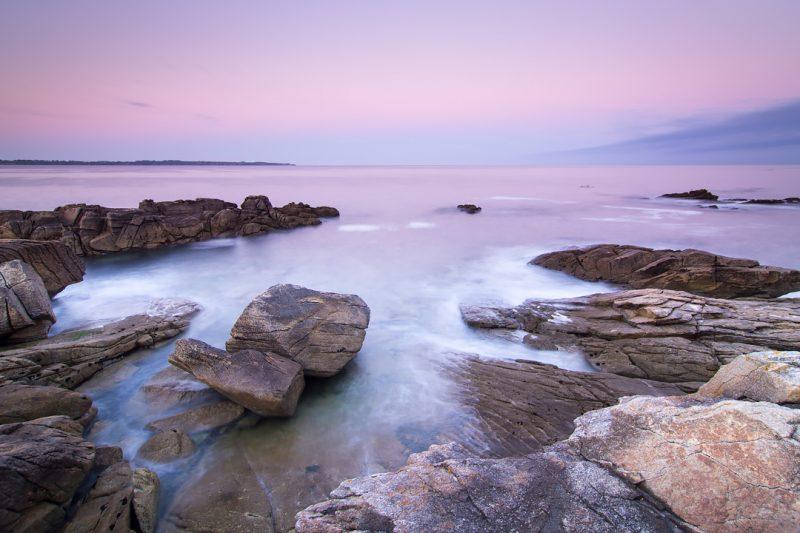 Côte bretonne à l'heure rose © David Briard