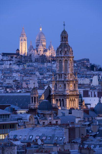 Sacré-Cœur, Sainte-Trinité et toits de Paris © David Briard