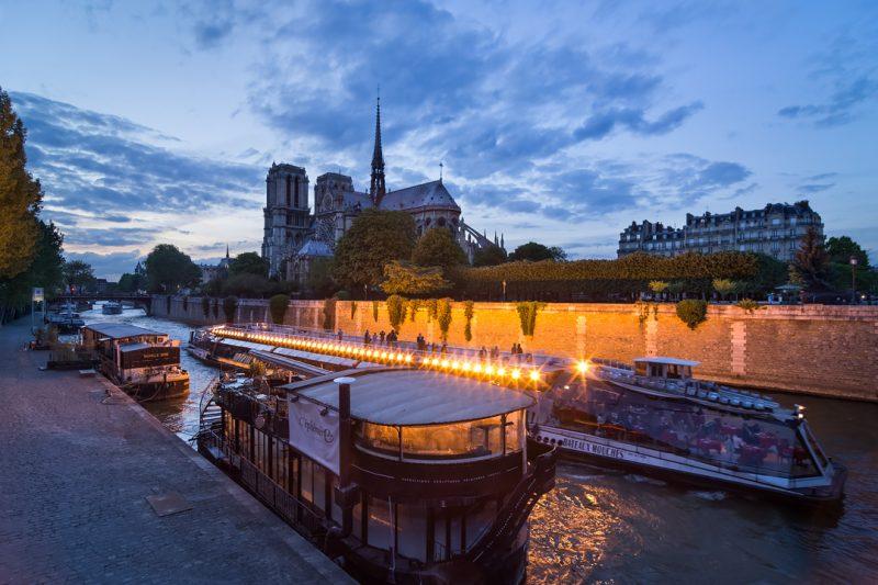 Notre Dame et les quais de Seine © David Briard