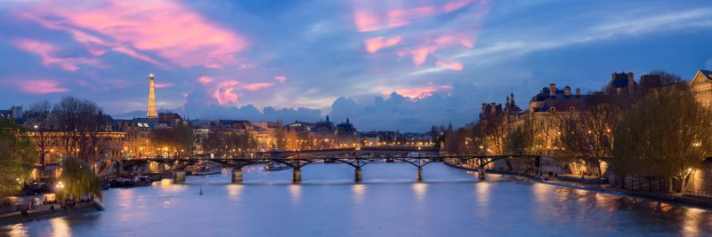Pont des Arts at night © David Briard