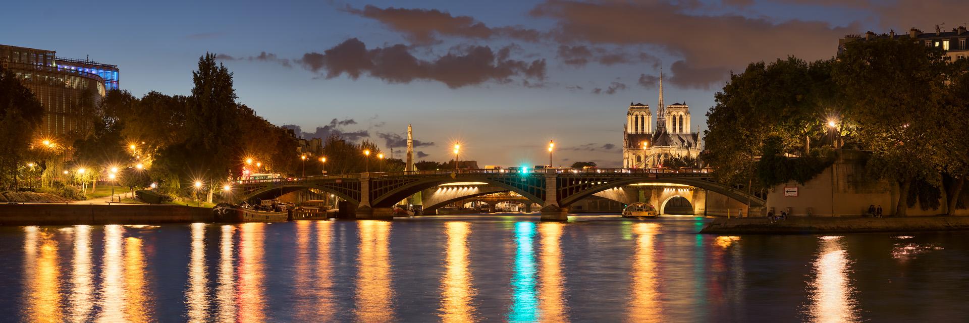 Pont de Sully et Notre Dame by David Briard