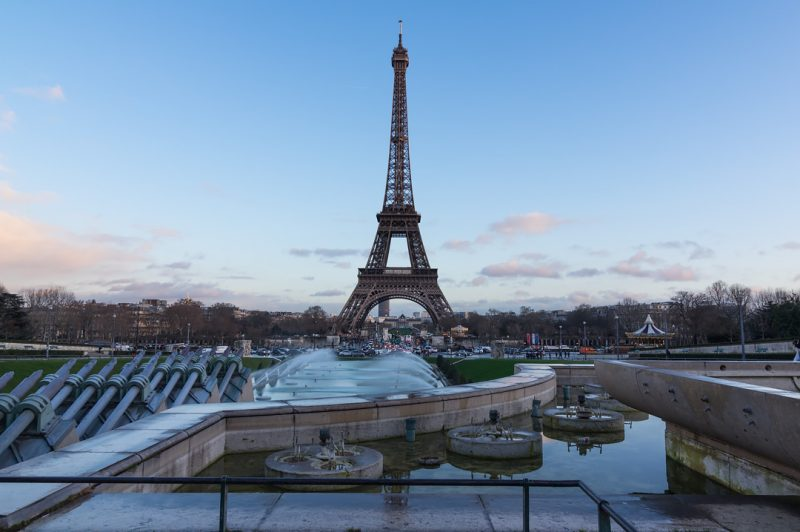 Tour Eiffel and Fountain © David Briard