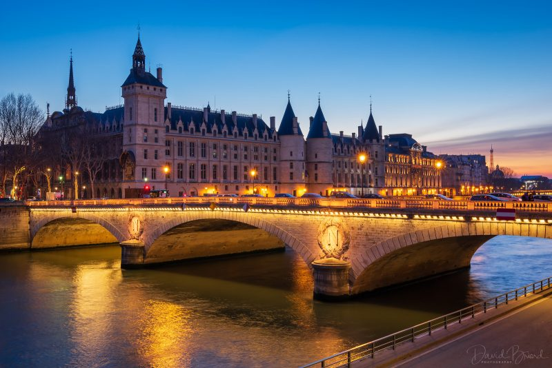 Conciergerie et Pont au Change © David Briard